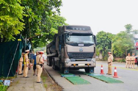 Thanh Hóa: Kiểm soát tình trạng xe quá tải, quá khổ trên nhiều tuyến đường