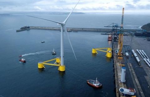 Phát triển điện mặt trời, điện gió thời gian qua có thể coi là thành tích hay không?