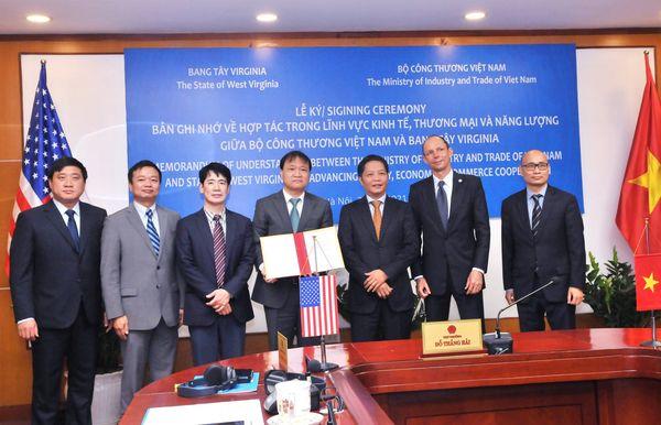 Bộ Công Thương Việt Nam và Chính quyền Bang Tây Virginia, Hoa Kỳ đã ký kết Bản ghi nhớ hợp tác trong lĩnh vực kinh tế, thương mại và năng lượng