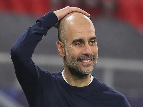 """""""Bí quyết thành công của Man City là có rất nhiều tiền"""""""