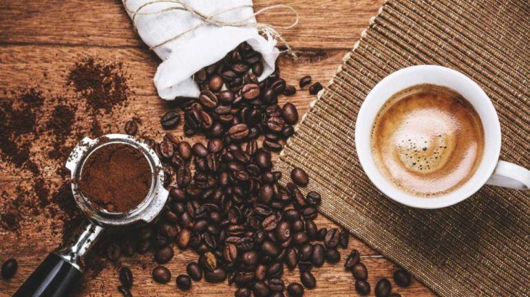 """Các đại gia thực phẩm chen chúc làm cà phê hòa tan: Vinamilk và NutiFood nhiều năm loay hoay, KIDO vẫn """"nhảy"""" vào"""