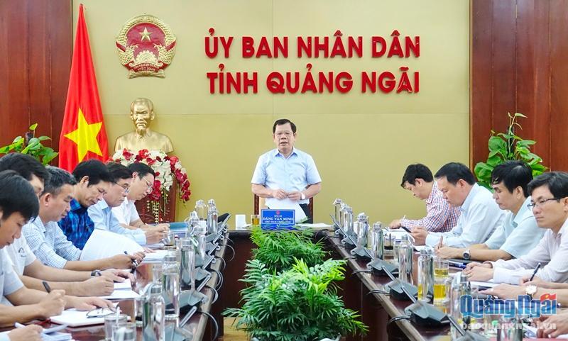 Chủ tịch UBND tỉnh Đặng Văn Minh làm việc với Sở Xây dựng