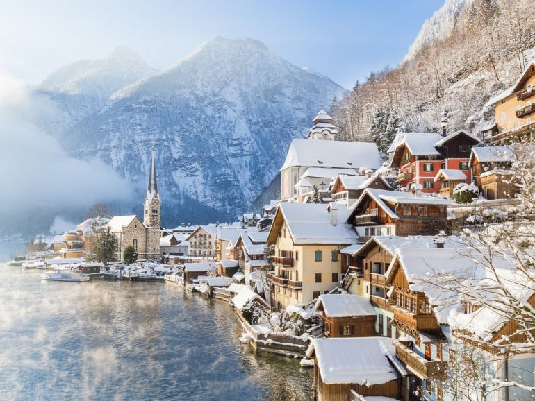 8 ngôi làng đẹp như cổ tích khắp thế giới
