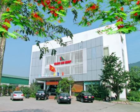 Doanh nghiệp Hoành Sơn ủng hộ 3 tỷ đồng cho Hà Tĩnh mua vắc-xin phòng dịch Covid-19