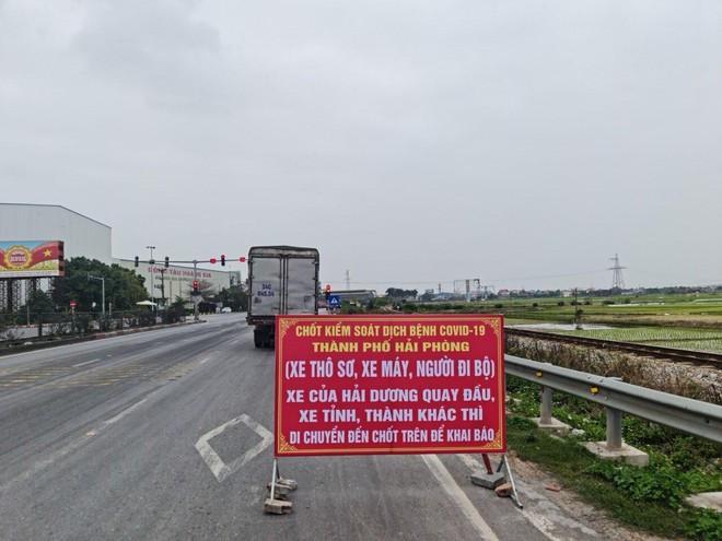 Hải Phòng phân luồng, không cho xe chở hàng hóa từ Hải Dương đi trên quốc lộ 5/ Ảnh ANTD