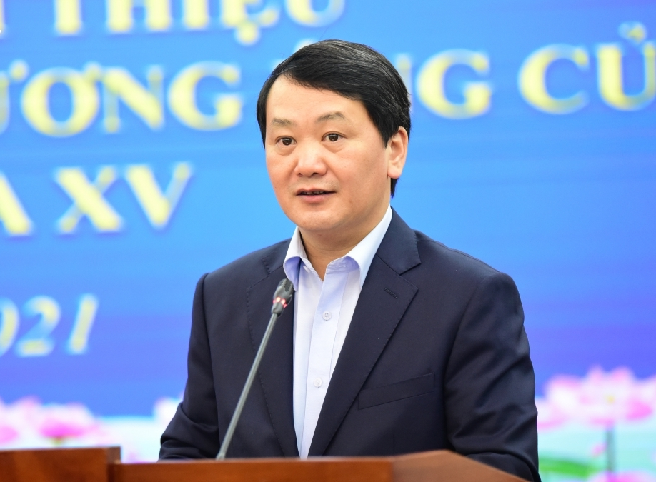 Tổng Thư ký MTTQ Việt Nam Hầu A Lềnh
