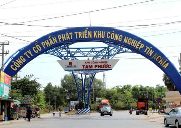 Ngoài khu công nghiệp hiện hữu, Tam Phước có khu công nghiệp lân cận là Long Thành