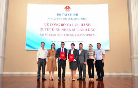 Bà Nguyễn Thị Việt Hà được Bộ Tài Chính giao phụ trách Hội đồng Quản trị Sở Giao Dịch Chứng khoán TP HCM