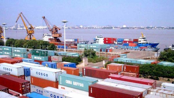 Xuất nhập khẩu hàng hóa Việt Nam đạt hơn 97 tỷ USD trong 2 tháng đầu năm