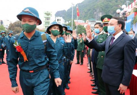 Quảng Ninh: Hơn 2000 thanh niên tham gia nghĩa quân sự