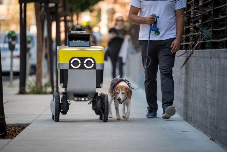 Uber ra mắt robot giao hàng với tên gọi Serve Robotics