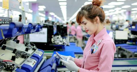 Tỉ lệ phụ nữ Việt tham gia thị trường lao động cao hơn trung bình toàn cầu