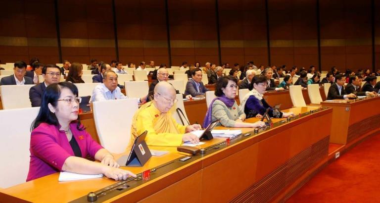 Các nữ ĐBQH TP. HCM tại một kì họp Quốc hội