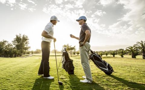 Không phải ngẫu nhiên golf được giới doanh nhân giàu sang lựa chọn