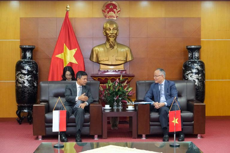 Thứ trưởng Bộ Công thương Trần Quốc Khánh tiếp Đại sứ Indonesia tại Hà Nội