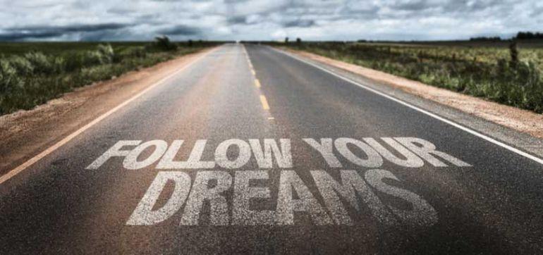 """Tại sao """"Hãy theo đuổi đam mê"""" không hẳn là lời khuyên tốt cho doanh nhân"""
