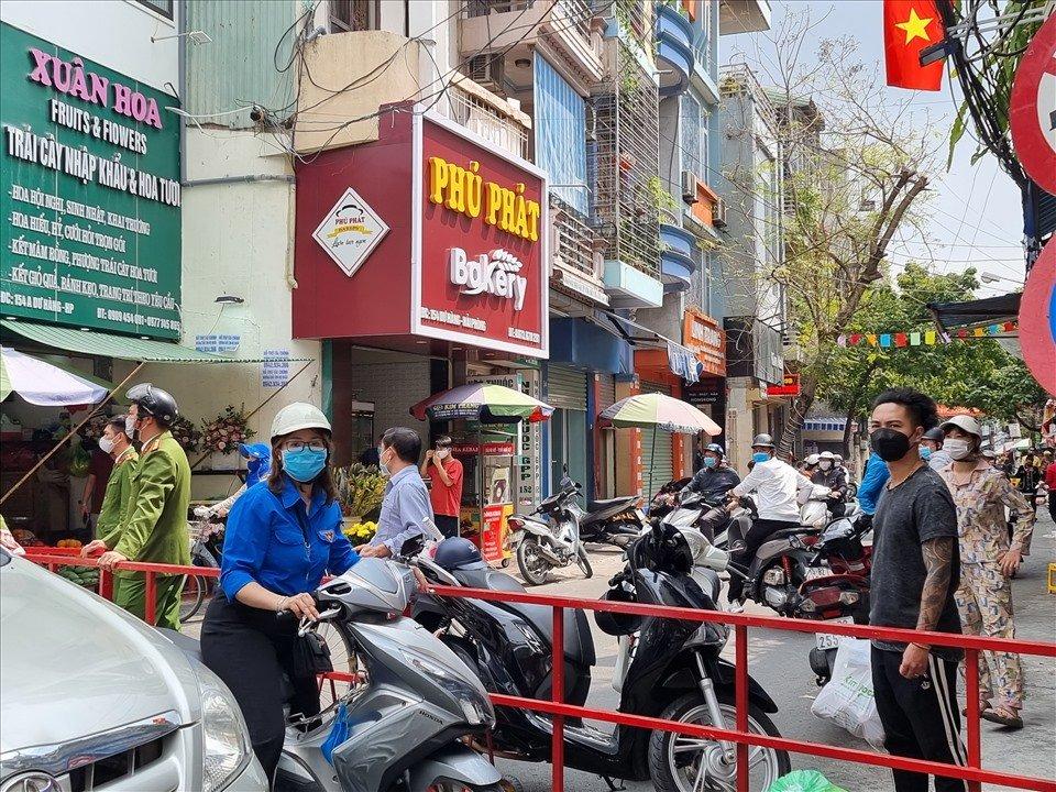 Tính từ 24h 00' ngày 08/03/2021, phường Dư Hàng được gỡ bỏ phong tỏa.