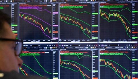 Nhà đầu tư tự tin đổ tiền vào chứng khoán
