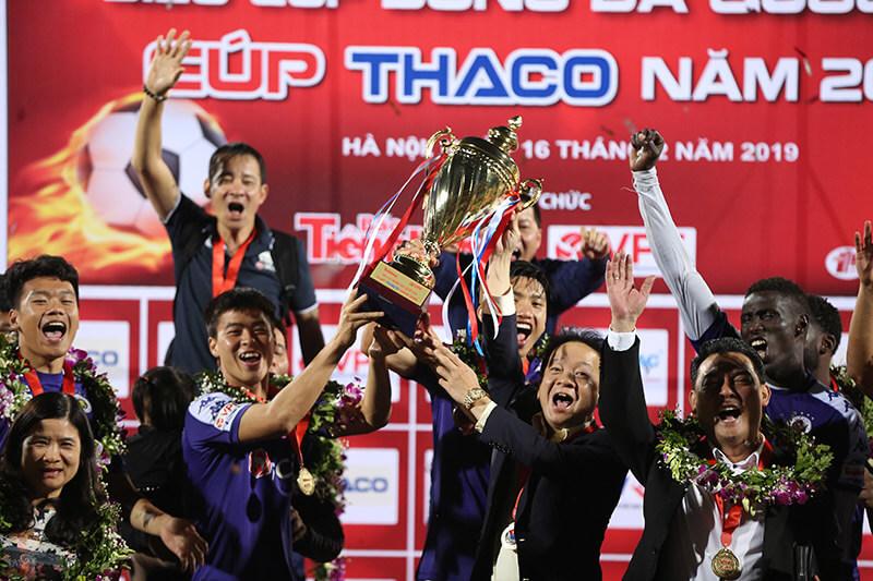 Câu lạc bộ bóng đá Hà Nội của bầu Hiển là câu lạc bộ thành công nhất V-league