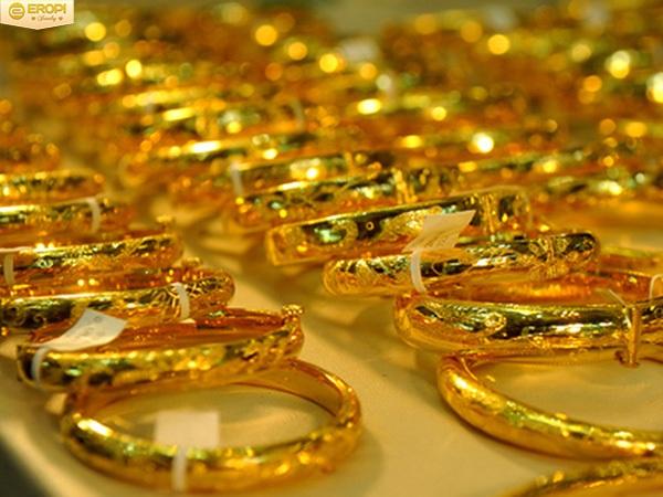 Hôm nay 11/3: Giá vàng tiếp tục tăng