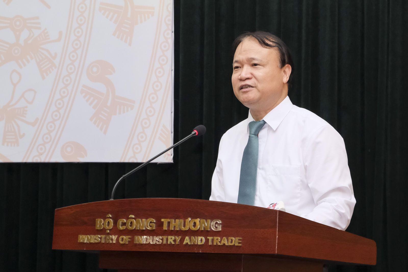 Thứ trưởng Đỗ Thắng Hải tại buổi họp báo