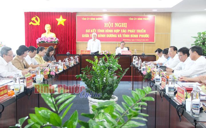Ủy viên Trung ương Đảng, Bí thư Tỉnh ủy Bình Phước Nguyễn Văn Lợi, phát biểu tại hội nghị