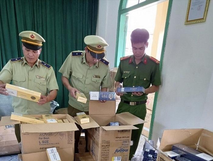 Phú Yên: Phát hiện 2 xe chở số lượng lớn thuốc lá lậu