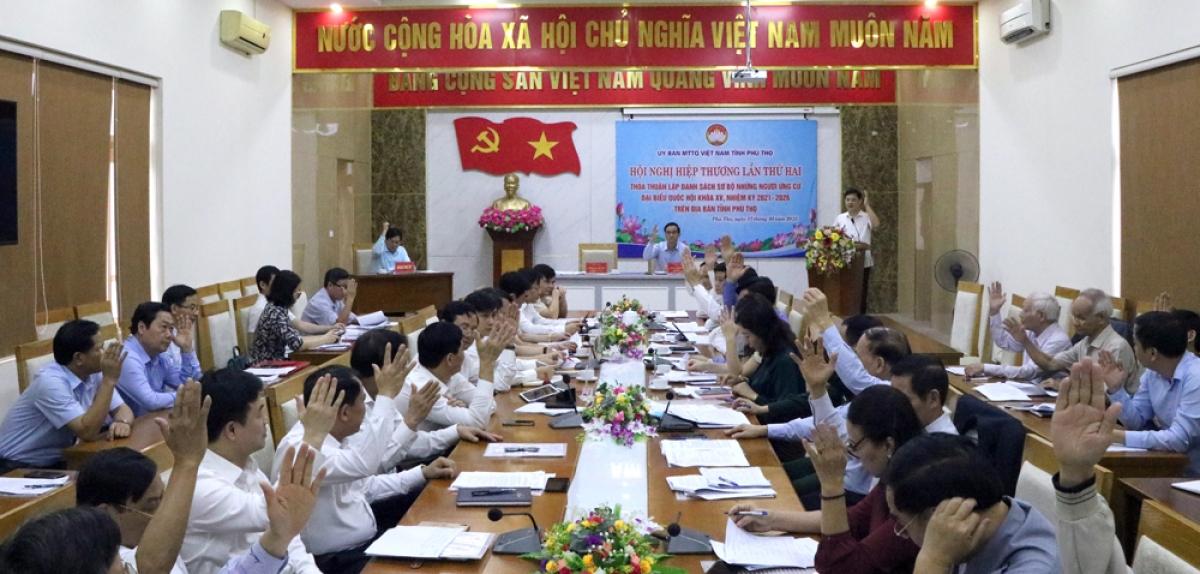 Tại một phiên Hội nghị hiệp thương lần thứ hai