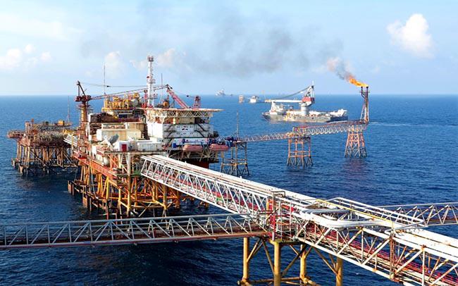 Lạm phát có thể tăng vì nhu cầu nhập khẩu xăng dầu