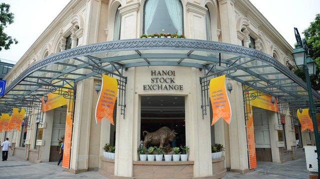 4 cổ phiếu đầu tiên chuyển từ HOSE sang HNX chuẩn bị lên sàn