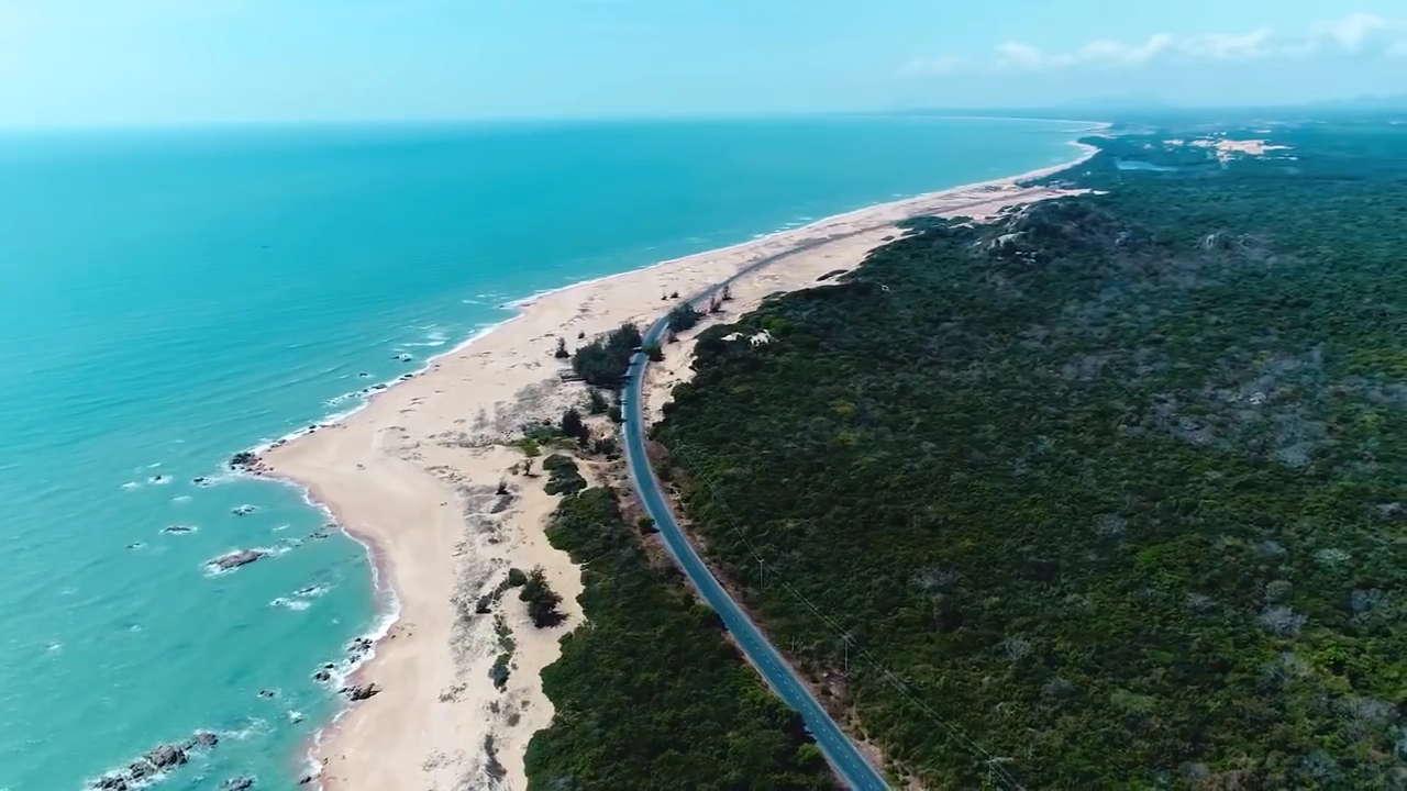 Bãi biển Long Hải nhìn từ trên cao (nguồn: Internet)