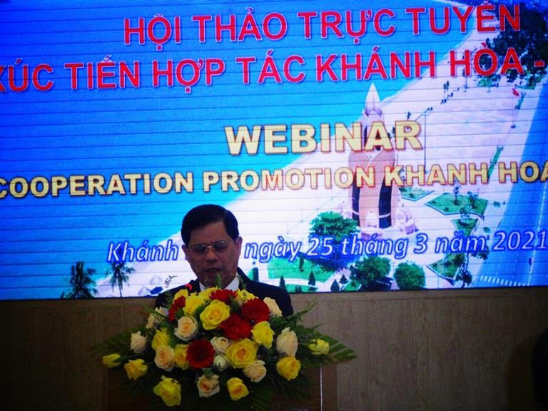 Ông Nguyễn Tấn Tuân, Phó Bí thư Tỉnh ủy, Chủ tịch UBND tỉnh Khánh Hòa phát biểu tại Hội thảo.