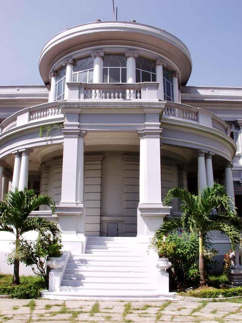 Kiến trúc Bảo tàng Thành phố Hồ Chí Minh (nguồn: internet)