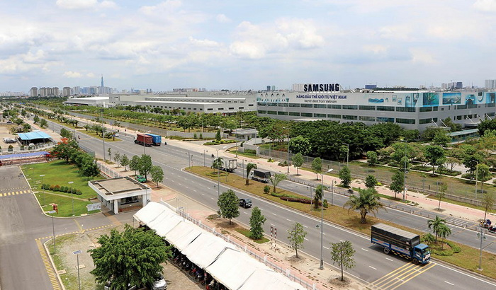 Làn sóng dịch chuyển của các tập đoàn lớn về Việt Nam đã thổi bùng thị trường bất động sản công nghiệp.