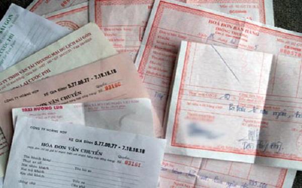 Chứng từ kế toán là những giấy tờ và vật mang tin phản ánh nghiệp vụ kinh tế tài chính phát sinh và đã hoàn thành, làm căn cứ ghi sổ kế toán