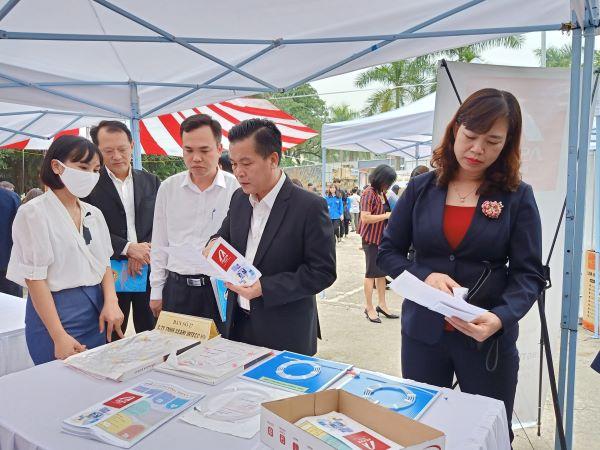 Hà Nội: Gần 60 doanh nghiệp tham dự phiên giao dịch việc làm tại huyện Đông Anh