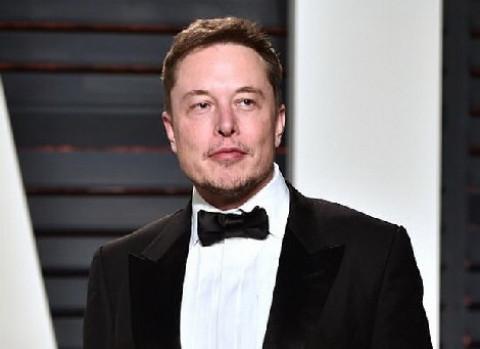Học được gì từ CV chỉ có một trang của Elon Musk?