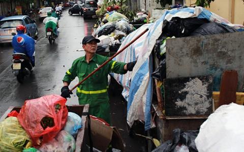 Hà Nội đẩy mạnh thực hiện các giải pháp cấp bách quản lý chất thải rắn