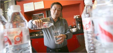 Tỷ phú Tống Khánh Hậu: Nghèo khó nửa đời, 42 tuổi quyết chí khởi nghiệp, 67 tuổi trở thành tỷ phú giàu nhất Trung Quốc