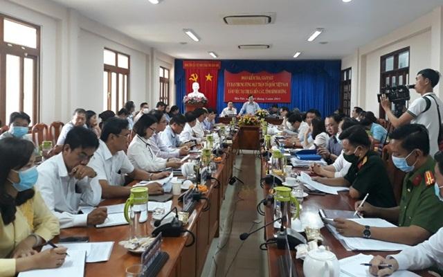 Đoàn kiểm tra, giám sát của Ủy ban Trung ương MTTQ Việt Nam làm việc tại TX Bến Cát về công tác chuẩn bị bầu cử.