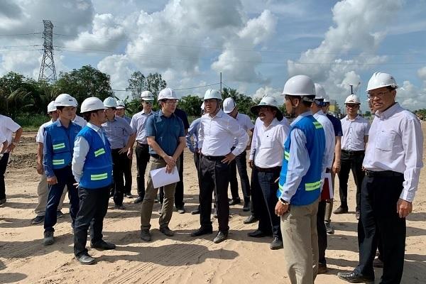 Đoàn công tác Hội đồng nghiệm thu Nhà nước các công trình xây dựng kiểm tra dự án đầu tư xây dựng đường cao tốc Trung Lương – Mỹ Thuận