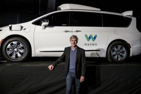 CEO của Waymo từ chức Giám đốc điều hành công nghệ tự lái của Alphabet