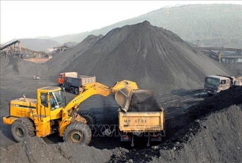 Doanh nghiệp cần biết: Những dự án không được thực hiện tại khu vực dự trữ khoáng sản quốc gia