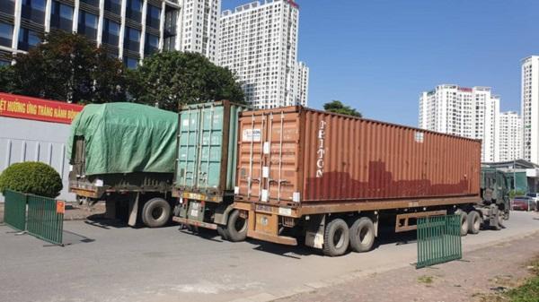 Những container hàng lậu bị lực lượng chức năng bắt giữ