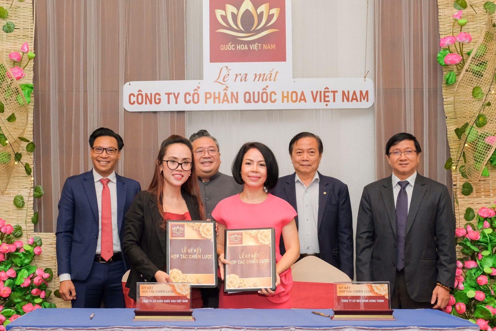 Lễ ký kết hợp tác giữa đại diện Công ty CP Quốc Hoa Việt Nam và Tập đoàn Hưng Hưng Thịnh