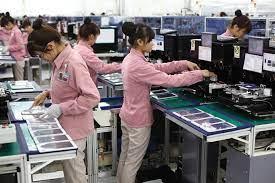 Bên trong nhà máy của Samsung Việt Nam.