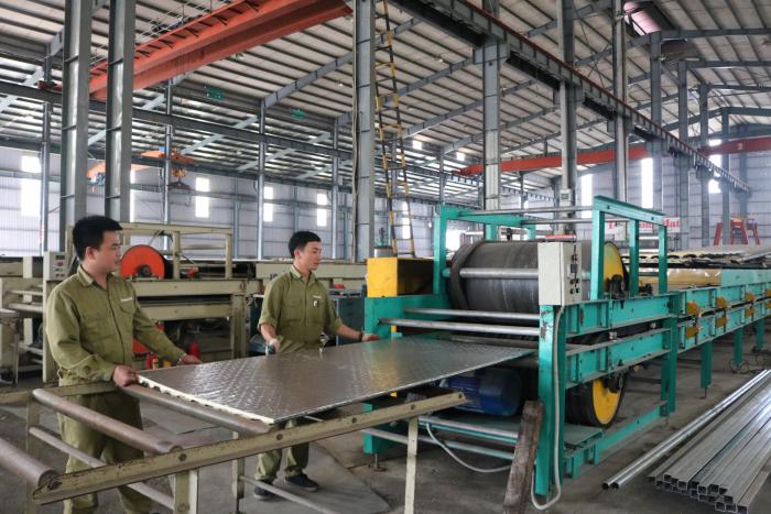 Một doanh nghiệp sản xuất tại khu công nghiệp Thụy Vân tỉnh Phú Thọ
