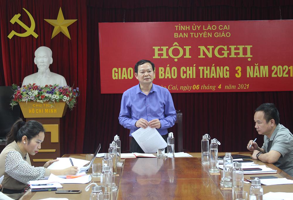 Lãnh đạo Ban Tuyên giáo tỉnh ủy Lào Cai phát biểu tại Hội nghị