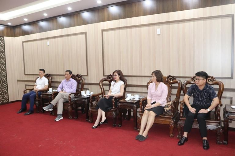 Đoàn công tác của tập đoàn UPSWAY do bà Phạm Thị Thu Hương, Trưởng đại diện tập đoàn tại Liên Bang Nga là trưởng đoàn đã có buổi làm việc và khảo sát tìm hiểu cơ hội đầu tư tại huyện Đầm Hà.