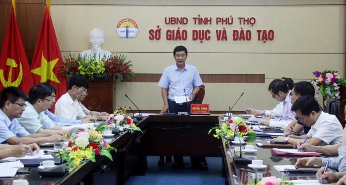 Ông Hồ Đại Dũng- Phó chủ tịch UBND tỉnh Phú Thọ chủ trì cuộc họp